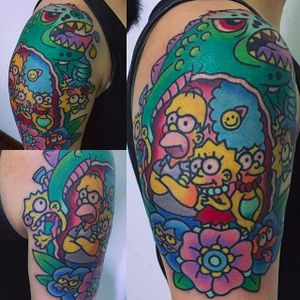 Cool and colorful The Simpsons tattoo by @pikkapimingchen #cartoon #cartoonstyle #neotraditional #bright_and_bold #thesimpsons #simpsons #homer