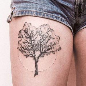 #arvore #tree #GabrielBilotta #dontcrytattoo #pontilhismo #dotwork #fineline #blackwork #RioDeJaneiro #brasil #brazil #portugues #portuguese