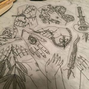 Hands by Tine Defiore (via IG-tinedefiore) #hand #linework #illustration #minimalistic #blacktattoo #TineDefiore