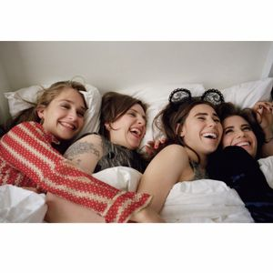 Awesome Girls! #hbo #girls #happy #tvshow