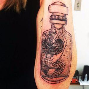 A mermaid trapped inside a jar #masonjar #jartattoo #sceneinsideajar