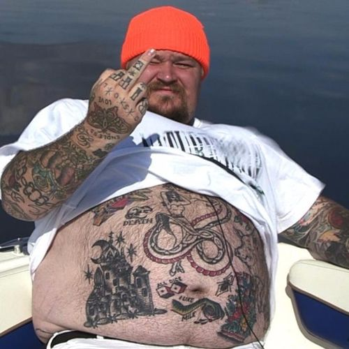 Some relaxing time on the water. #MattyMatheson #VICE #DeadSetOnLife