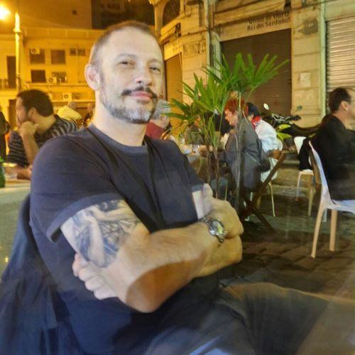Waldyr Laguna, 50 anos, empresário. #homenstatuados #modelostatuados #brasil #brazil #portugues #portuguese