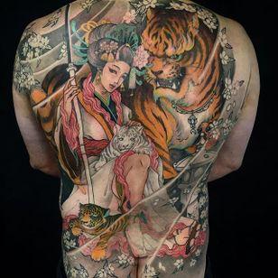 Geisha Tattoo by Tristen Zhang #geisha #japanese #neotraditional #neotraditionaljapanese #japaneseart #TristenZhang