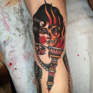 Skull lady, traditional style (via IG—midwestphil) #traditional #skull #spirit #halloween #midwestphil