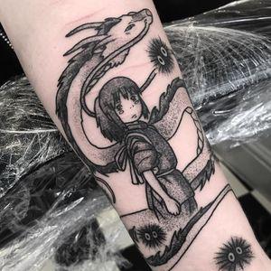Haku and Chihiro tattoo by Raine Knight #RaineKnight #studioghiblitattoo #blackandgrey #newtraditional #anime #manga #movietattoo #SpiritedAway #Haku #Chihiro #dragon #Japanese #sootsprites #yokai #coverup