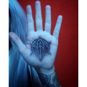 Marilyn's self-made handpoke tattoo #handpoke #tattoo #bringmethehorizon #bmth #thatsthespirit #sempiternal