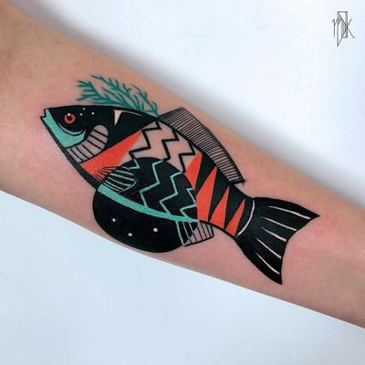 Fish tattoo by Marta Kudo #MartaKudo #animaltattoos #color #abstract #graphic #popart #fish #oceanlife #seaweed #shapes #linework