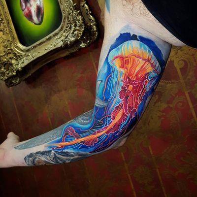 #MarzanTattoo #MarekPawlik #realismo #realism #tatuadorgringo #aguaviva #jellyfish #colorida #colorful