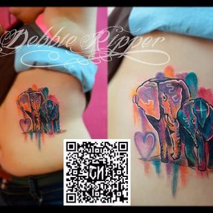 Waterolor elephants by Debbie Ripper. #watercolor #DebbieRipper #elephant #milticolor #brushstroke