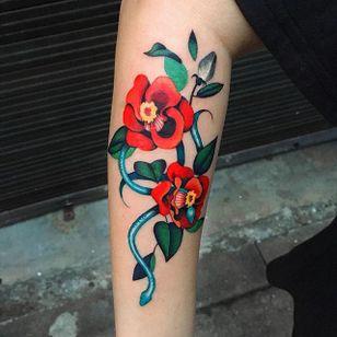 In the garden via instagram zihee_tattoo #rose #flower #floral #snake #watercolor #colorful #illustrative #zihee