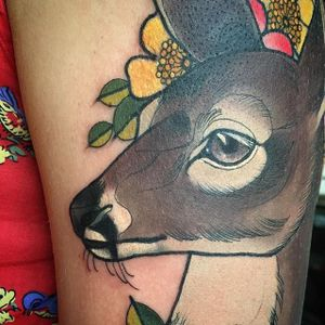 Neo traditional deer and flowers by Charlotte Timmons. #neotraditional #deer #flowers #cute #closeup #CharlotteTimmons