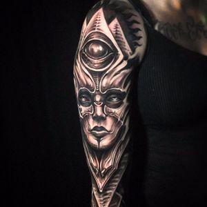 HR Giger inspired Goddess by Jeremiah Barba #JeremiahBarba #blackandgrey #biomechanical #realism #realistic #Bioorganic #HRGiger #thirdeye #lady #portrait #pyramid #fire #tattoooftheday