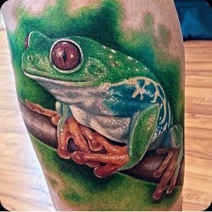 Colorful frog tattoo, artist unknown #frogtattoo