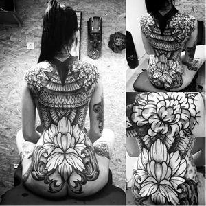 Ornamental backpiece tattoo by Laurent Z #LaurentZ #ornamental #flower #flowertattoo