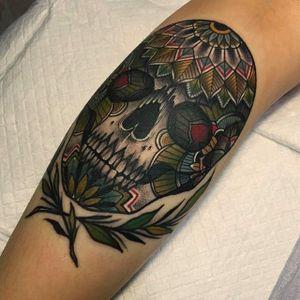 Super cool skull and mandala tattoo by Mico @Micotattoo #Micotattoo #Mico #mandala #skull #flower #bold