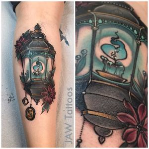 Harry Potter tattoo by Jessica White. #JessicaWhite #jawtattoos #neotraditional #harrypotter #hp #book #movie #lamp #candle #slytherin