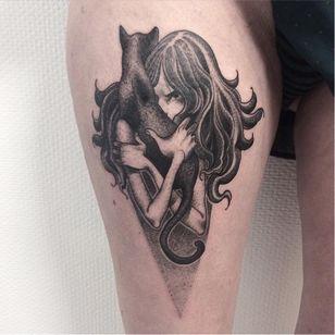 Cat lover tattoo by Paupiette #Paupiette #comicstrip #comics #illustrative #cat