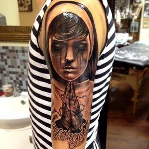 Possessed nun portrait tattoo by Anrijs Straume. #AnrijsStraume #possessed #nun #scary #horrifying #creepy #macabre #portrait #horror #blackandgrey #sinister #evil