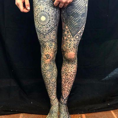 Sacred geometry legs for days by Randy Meyer #RandyMeyer #blackwork #blackandgrey #geometric #geometry #pattern #sacredgeometry #om #fractal #skull #flower #snowflake #linework #dotwork #tattoooftheday