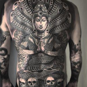 Manasā, snake goddess by Jondix #Jondix #blackandgrey #dotwork #linework #mandala #pattern #sacredgeometry #Hindu #naga #snake #reptile #skulls #Manasa #deity #goddess #backpiece #crown