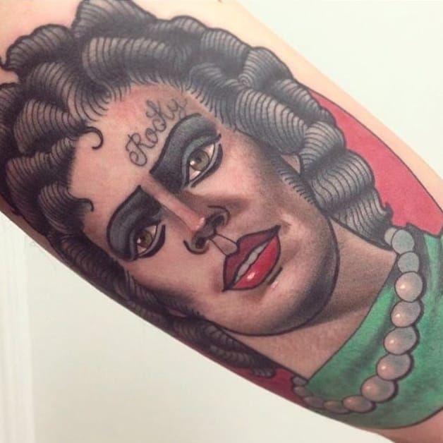 Dr. Frank Furter portrait tattoo by Mimi Madriz. #MimiMadriz #neotraditional #portrait #popculture #rockyhorror #rockyhorrorpictureshow