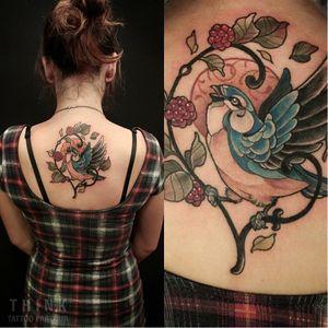 Bird tattoo by Santi Bord #SantiBord #neotraditional #floral #bird #raspberry