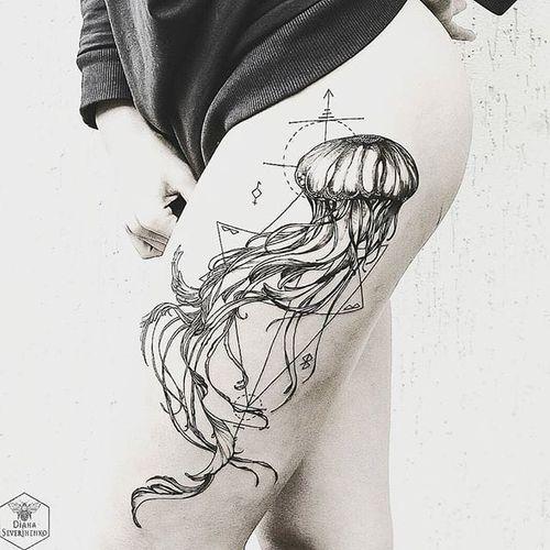 Blackwork jellyfish tattoo by Diana Severinenko. #DianaSeverinenko #blackwork #geometric #jellyfish #marine #blckwrk #blackwork #dotwork #dotshading #dotshade