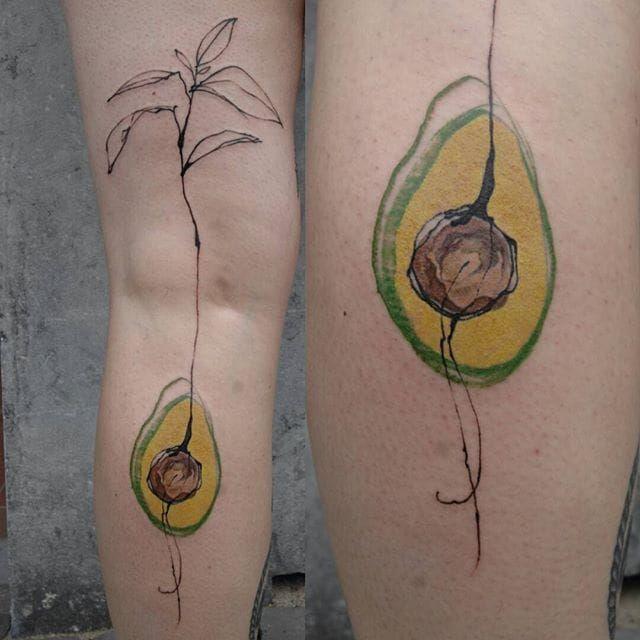 Pen and ink watercolor avocado by Mara Koekoek. #penandink #abstract #watercolor #avocado #MaraKoekoek