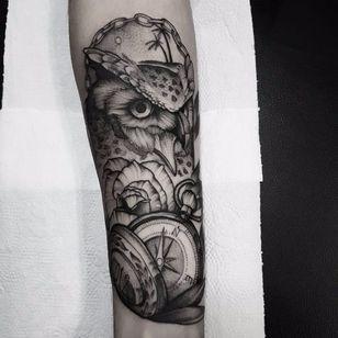 Owl tattoo by Planoc #Planoc #monochrome #monochromatic #blackandgrey #dotwork #blackwork #owl #rose #pocketwatch