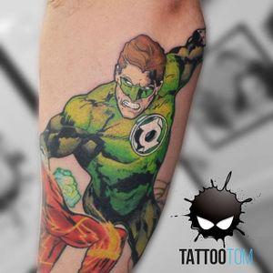 Green Lantern Tattoo by Tattoo Tom #GreenLantern #GreenLanternTattoo #DCComics #DCTattoos #ComicTattoos #SuperheroTattoos #Superhero #TattooTom