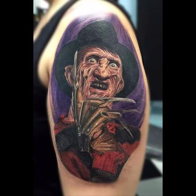 Por Deley Tattoo! #DeleyTattoo #TatuadoresBrasileiros #Realism #realistictattoo #FreddyKrueger #horrormovies