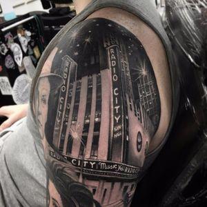 Radio City Music Hall by Steve H Morante #SteveHMorante #blackandgrey #realism #realistic #hyperrealism #radiocitymusichall #newyork #franksinatra #NYC #architecture #building #stars #light #night #tattoooftheday