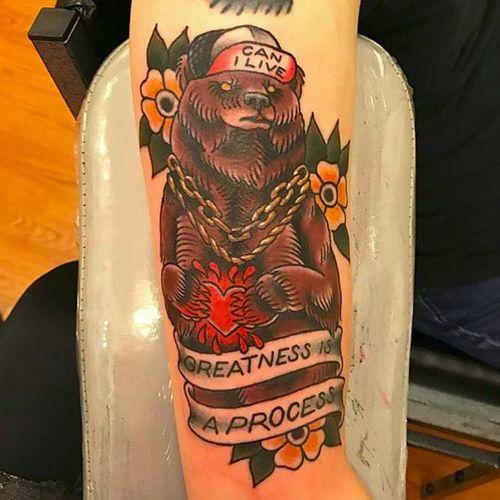Bear wearing a hat by Devon Blue (via IG -- olympiatattooco) #devonblue #bear #beartattoo #bearswearinghats #bearswearinghatstattoo
