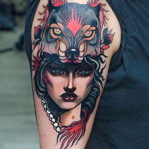 Neo Traditional Girl Tattoo by Isnard Barbosa #NeoTraditional #NeoTraditionalTattoos #NeoTraditionalWoman #NeoTraditionalGirl