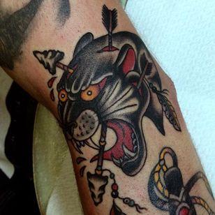 Panther Tattoo by Joe Tartarotti #panther #traditional #traditionalartist #oldschool #vinatge #classic #Italianartist #JoeTartarotti