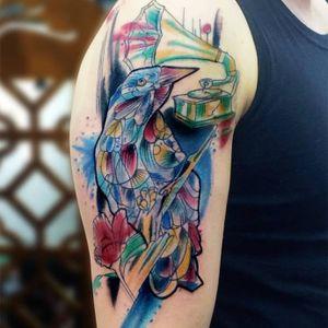 #passaro #bird #musica #music #gramofone #ChrisSantos #TatuadoresDoBrasil #aquarela #watercolor #coloridas #colorful #brasil