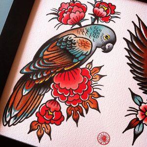 Pretty Parrot via instagram electricmartina #flashart #traditional #parrot #flowers #MartinaEkenberg #artshare #FlashFriday