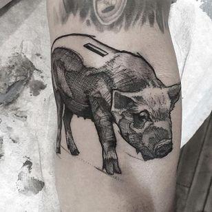 Piggy Bank by Mike Riina (via IG-mike_riina) #sketch #freehand #blackandgrey #illustrative #MikeRiina #piggybank #pig
