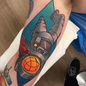 Astronaut Tattoo by Piotr Gie #NeoTraditional #NeoTraditionalArtist #NeoTraditionalTattoos #ModernTattoos #BoldTattoos #PiotrGie
