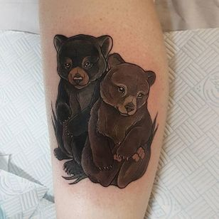 Pair of adorable bear cubs by Aimee Bray. #neotraditional #AimeeBray #bear #bearcub #babyanimal