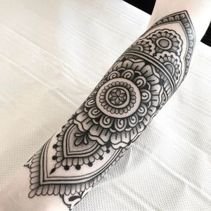 Ornamental by Jack Peppiette #JackPeppiette #ornamental #mehndi #blackwork #dotwork #tattoooftheday