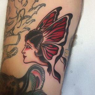 Butterfly Lady Tattoo by Joe Tartarotti #butterflylady #lady #traditional #traditionalartist #oldschool #vinatge #classic #Italianartist #JoeTartarotti