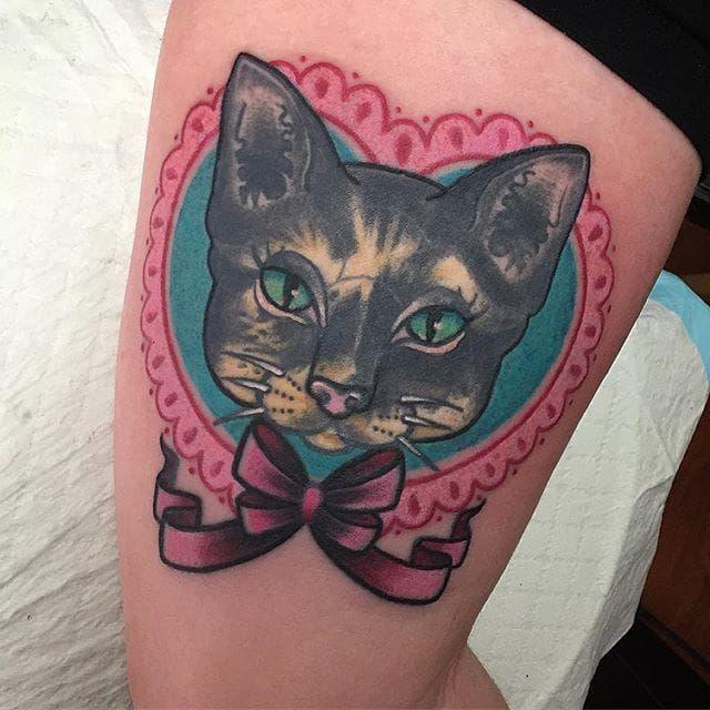 Kitty pet portrait by Sami Locke. #heart #cat #portrait #petportrait #neotraditional #SamiLocke