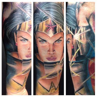 A heroic depiction of Wonder Woman by Kenneth Restrepo (IG—tattoosbykbar). #comicbookcharacters #DC #KennethRestrepo #WonderWoman