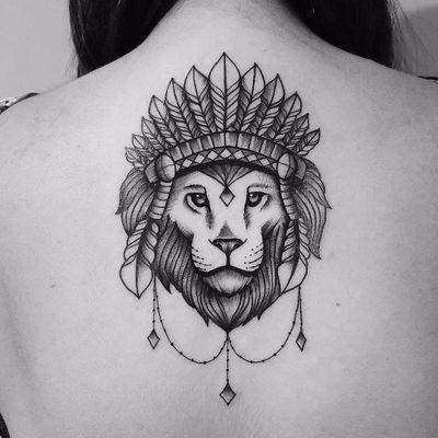 Leão Rei. #MateusMattar #blackwork #geometria #geometry #TatuadoresDoBrasil #leao #lion