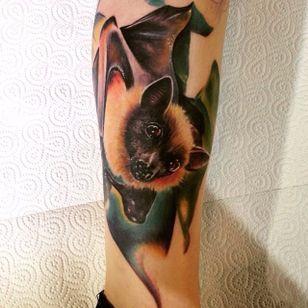 Hyper realistic bat tattoo by Ben Carlisle. #bat #fruitbat #realism #colorrealism #BenCarlisle