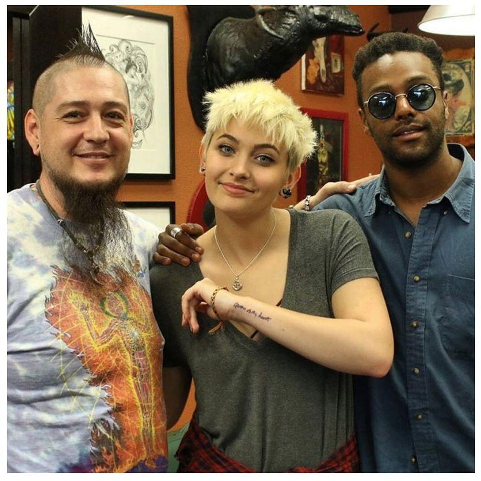Paris Jackson showing off her new tattoo with Justin Lewis and friend. #celebrity via Instagram (@dermagraphink) #JustinLewis #ParisJackson