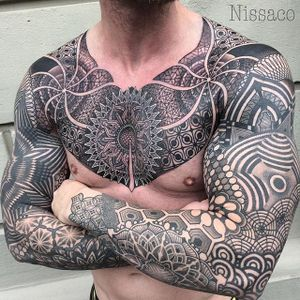 An astounding bodysuit full of various geometric patterns by Nissaco (IG—nissaco). #blackwork #elaborate #geometric #illustrative #Nissaco
