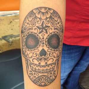 Skull. #adamsuerte #brooklyntattoo #brooklyn